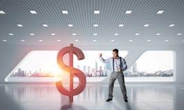 Bepaalde bankiersmens in het moderne cijfer van de bureau binnenlandse brekende dollar stock foto's