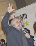 Beppe Grillo arrabbiato, gridando, Immagini Stock