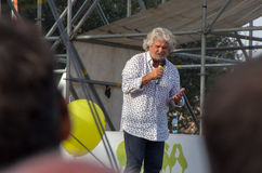 Beppe Grillo, chef de Movimento 5 Stelle (parti politique italien) Photographie stock libre de droits