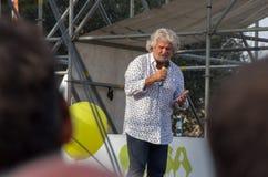 Beppe Grillo ledare av Movimento 5 Stelle (det italienska politiska partiet) Royaltyfri Fotografi