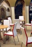 Bequeme Cafeteria Lizenzfreie Stockbilder