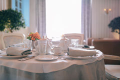 bequemlichkeit Frühstück morgens Tee und Kaffee Lizenzfreie Stockbilder