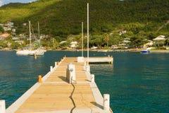 bequia的小游艇船坞的一个新的船坞在迎风群岛 库存照片