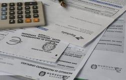 beräkna skatten arkivbild
