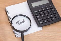 Beräkning av skatter som ska betalas Royaltyfria Bilder