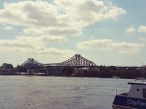 Berättelsebro på Brisbane royaltyfria bilder