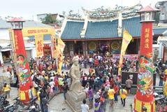 Beröm av det kinesiska nya året i den Semarang staden Royaltyfri Foto