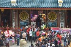 Beröm av det kinesiska nya året i den Semarang staden Royaltyfri Fotografi