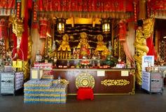 Beröm av det kinesiska nya året i templet Saphan Hin Royaltyfri Fotografi
