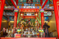 Beröm av det kinesiska nya året i templet Saphan Hin Arkivbild