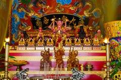 Beröm av det kinesiska nya året i templet Saphan Hin Arkivfoto