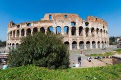 Berömd colosseum på ljust Arkivfoton