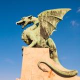 Berömd drakebro i Ljubljana Royaltyfria Bilder