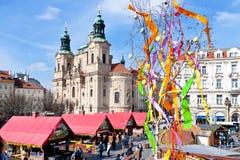 berömd easter marknad, gammal stadfyrkant, Prague, Tjeckien Royaltyfria Foton