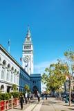 Berömd färjabyggnad på April 24, 2014 i San Francisco, Califo Arkivbild