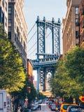 Berömd gata i New York City arkivbilder