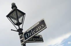 Berömd i stadens centrum fransk fjärdedel Louisiana för Orleans gata fotografering för bildbyråer