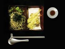 Berömd japansk mat som namnges Tempura Soba uppsättning Arkivfoton