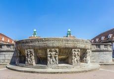 Berömd jugendstilspringbrunn på sprudelhof i dåliga Nauheim Arkivbilder