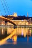 Berömd kyrka i Lyon med Saone River Royaltyfri Fotografi