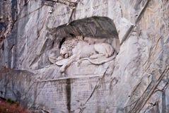 Berömd lejonmonument i lucerne Royaltyfria Foton