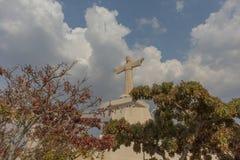 Berömd Lubango gränsmärke christ konung Arkivbilder