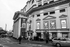 Berömd Luceum teater i London - Lion King Musical - LONDON - STORBRITANNIEN - SEPTEMBERET 19, 2016 Royaltyfria Bilder
