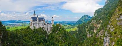 Berömd neuschwanstein slott. arkivfoton