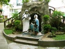 Berömd nunna Statues, nationell relikskrin av gudomlig förskoning i Marilao, Bulacan Fotografering för Bildbyråer