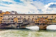 berömd pontevecchio för bro Arkivfoto