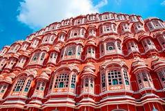 Berömd Rajasthan gränsmärke - Hawa Mahal slott (slotten av segern Fotografering för Bildbyråer
