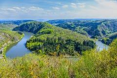 Berömd sikt på den Saarland öglan på Cloef Arkivbild