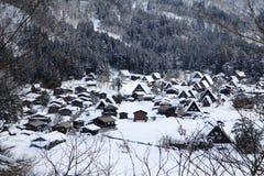 Berömd siktspunkt i vintern av Shirakawago Arkivbilder