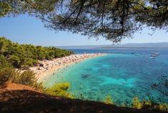 Berömd strand i Kroatien royaltyfria foton