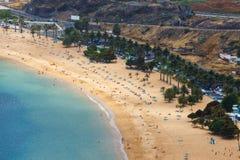 Berömd strand Playa de las Teresitas, Tenerife Royaltyfria Foton