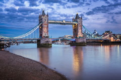 Berömd tornbro på solnedgången, London Fotografering för Bildbyråer