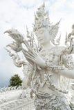 Berömd vit tempel Wat Rong Khun Arkivbilder