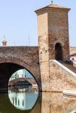 Berömda Comacchio - överbrygga Royaltyfria Bilder