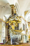 Berömda Fischerkanzel i den Trunesco abbotskloster Royaltyfria Foton