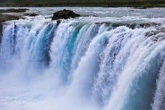Berömda godafoss är en av de mest härliga vattenfallen på Iet royaltyfri fotografi