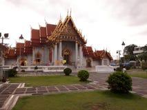 Berömda gränsmärken för Benchamabophit marmortempel av Bangkok Royaltyfri Fotografi