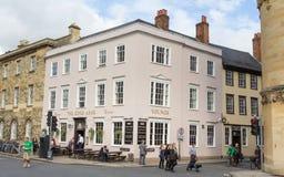 Berömda kafékonungarmar i Oxford UK royaltyfri bild