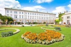Berömda Mirabell trädgårdar i Salzburg, Österrike Arkivfoto