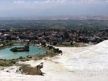 Berömda och fantastiska termiska vårar Pamukkale i Turkiet arkivfoton