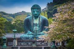 Berömda stora Buddha brons statyn i Kamakura, det Kotokuin tempelet Fotografering för Bildbyråer
