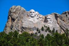 Berömda USA-presidenter på Mount Rushmore den nationella monumentet som är södra Royaltyfri Fotografi