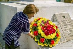 Berömmen av dagen av segern i kriget 1941-1945 i den Kaluga regionen av Ryssland Royaltyfri Bild
