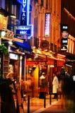 Berömt för dess uteliv Paris har omkring 40 000 restauranger Royaltyfria Bilder