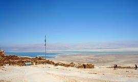 Berömt fördärvar av den forntida Masada fästningen Masada nationalpark i den Judean öknen, Israel royaltyfri fotografi