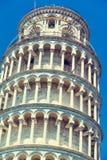 Berömt lutande torn för värld i Pisa Royaltyfri Foto